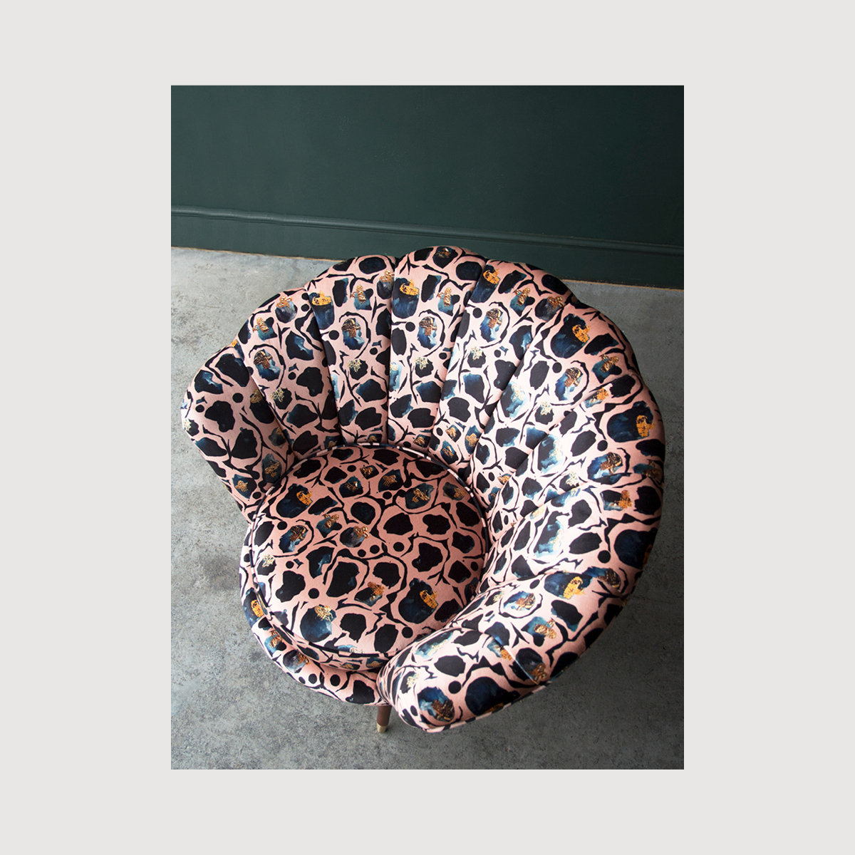 The Oyster x Anna Hayman gallery image